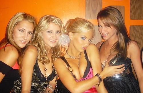 4 Hot Club Girls