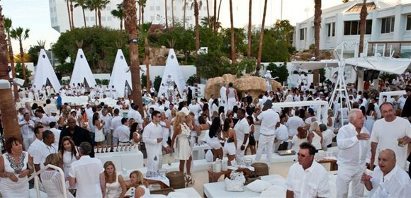 Crowd at Nikki Beach Las Vegas