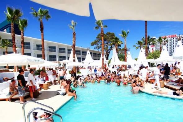 Poolside Holiday Weekend Vegas