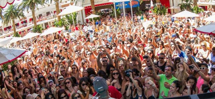 BEST VEGAS DAY PARTIES